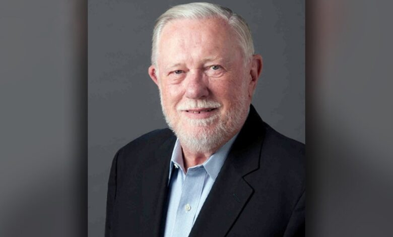 Photo of Founder of Adobe and developer of PDFs dies at age 81